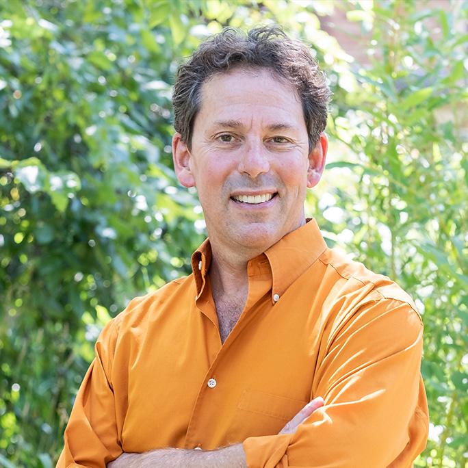 Bruce Goldstein headshot